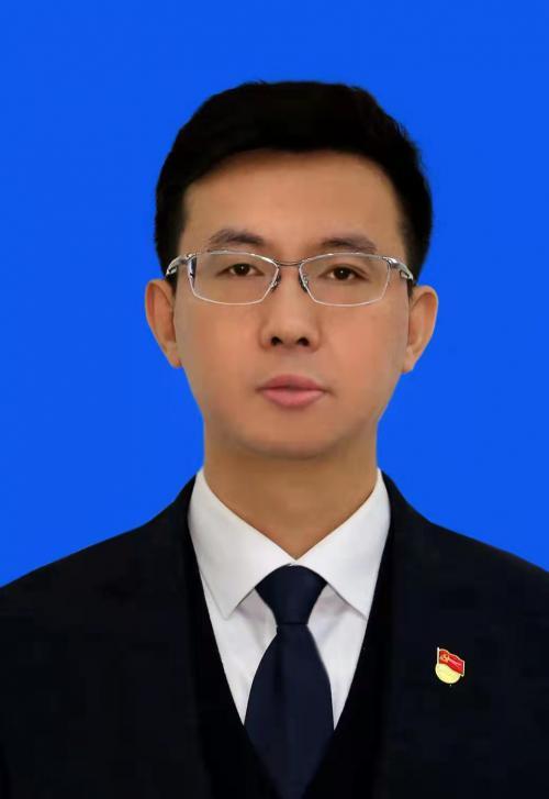 中共明水县委副书记、县人民政府县长:邹小宁